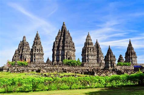 candi prambanan candi hindu terbesar  indonesia