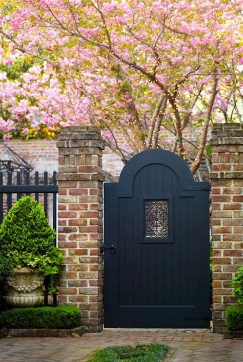 gate designs for your backyard fences and other entryways