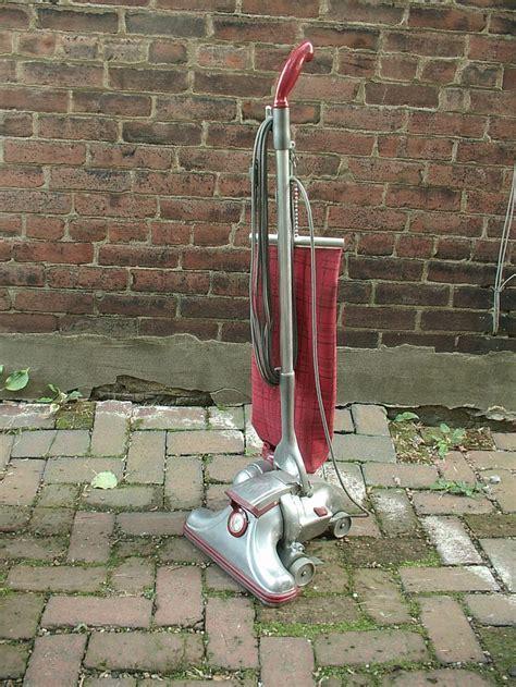 25 best Retro Vacuums images on Pinterest   Vacuum