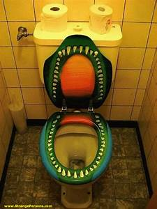 SubnormalWorld: Strange Toilet Around The World