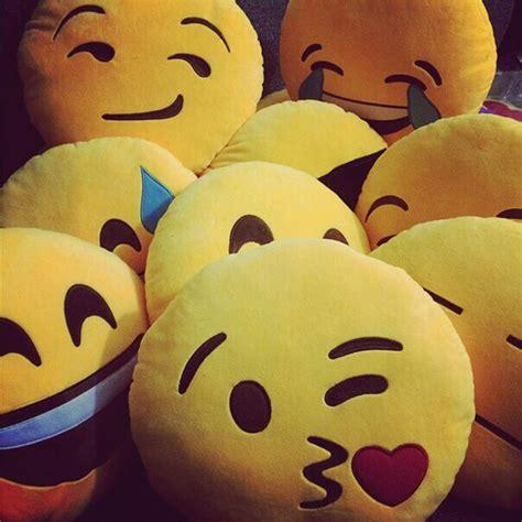 Whatsapp Dp Sad, Alone, Love, Stylish Profile Pics For