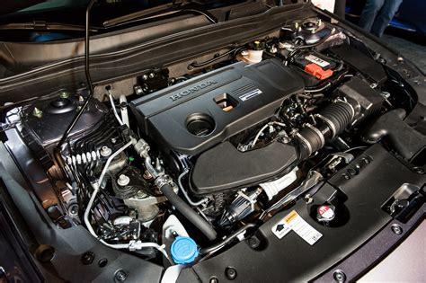 2018 Honda Accord 2.0t Touring Engine Bay