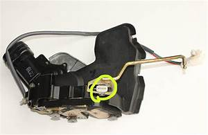 1997 Camry V6 Latch Control Rod Problem