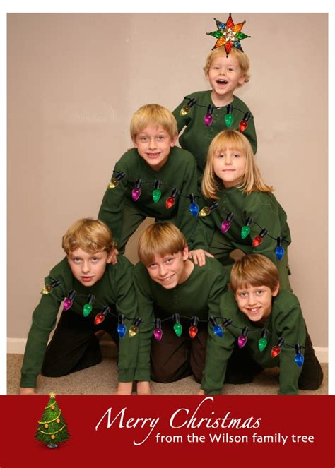 Get your fat pants ready, it's christmas! 28 EXCEPTIONAL FAMILY PHOTO IDEAS FOR YOUR CHRISTMAS CARDS ...