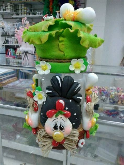 frasco decorado totalmente hecho con masa y anime hermoso para decorar la cocina