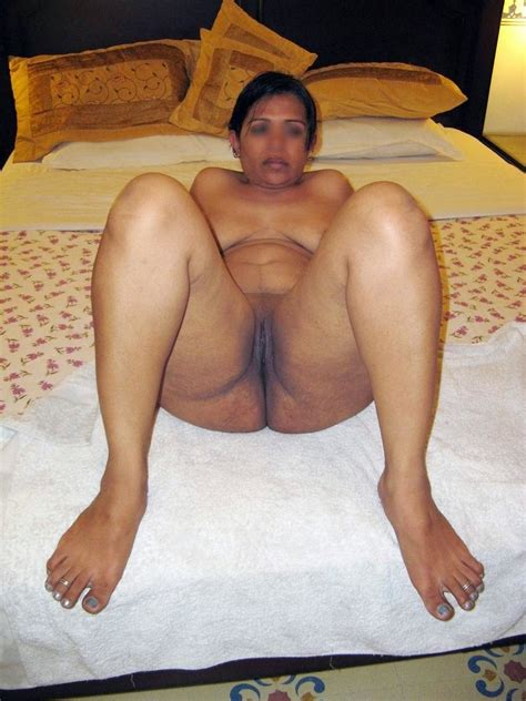 Desi Moms Sex Photos Mummy Ki Moti Chuchi Ka Doodh Piya