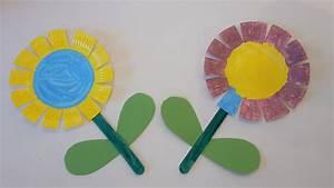 Blumen Basteln Kinder : bunte blumen aus pappteller basteln der familienblog f r kreative eltern ~ Frokenaadalensverden.com Haus und Dekorationen