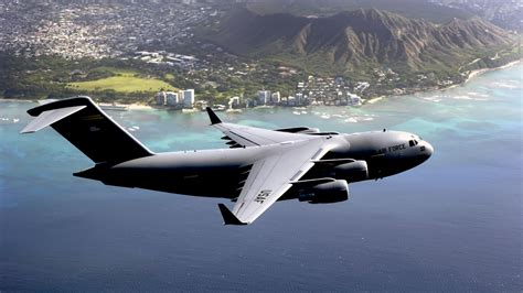 Download Boeing C 17 Aircraft 4k Wallpaper For Desktop