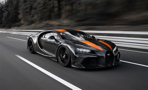 The chassis is adaptive, meaning sensors and microprocessors control the suspension as well as ride height. The Bugatti Chiron Has Officially Broken 300 MPH, But It's ...