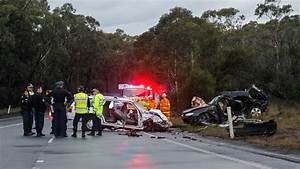 Appin Road crash: woman, 28, killed | photos, video ...