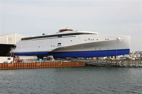 Trimaran Companies by Image Library Launches Construction Page 4 Austal