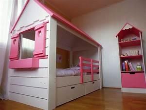 Lit Maison Fille : lit cabane fille maison abra ma cabane ~ Teatrodelosmanantiales.com Idées de Décoration
