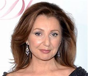 Donna Murphy talking about Into the Woods and more. Yay ...