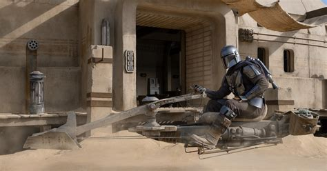 Who's The New Character In 'The Mandalorian' Season 2 ...