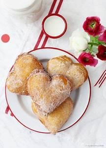 Valentinstag Kuchen In Herzform : die besten 10 kuchen herzform ideen auf pinterest hochzeitstorte in herzform hochzeitstorte ~ Eleganceandgraceweddings.com Haus und Dekorationen