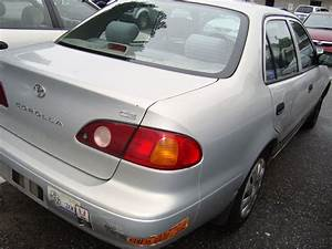 2001 Toyota Corolla  Manual Transmission  Price  2500