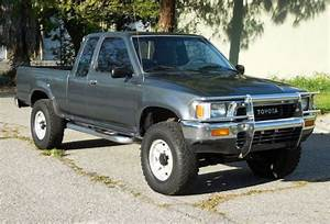 California Original  1990 Toyota Pickup 4x4 Sr5  Auto  Runs A  For Sale  Photos  Technical
