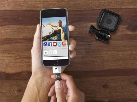 add storage to iphone leef iaccess adds a microsd card slot to your iphone or