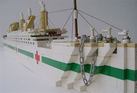 rms olympic model sinking hmhs britannic and rms olympic the brothers brick the