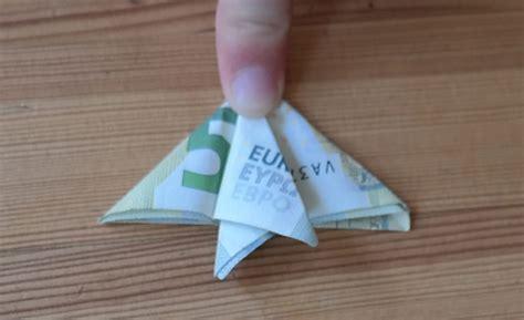 einen fisch aus geld falten anleitung