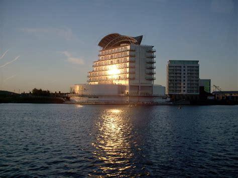 cardiff bay hotel  idris cc  sa geograph britain