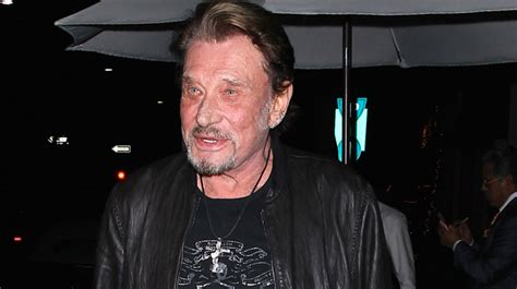 johnny hallyday n est plus un enfoir 233 quot me d 233 guiser en clown non merci quot rtl