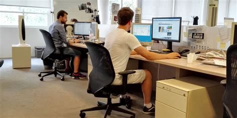 chaleur au bureau peut on arr 234 ter de travailler ou venir