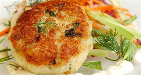 Saute the onions until translucent and tender, 3 to 4 minutes. Best Condiment For Crab Cakes / The taste of crab isn't ...