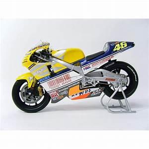 Honda Moto Le Mans : honda nsr 500 le mans 2001 valentino rossi minichamps 122016176 miniatures minichamps ~ Dode.kayakingforconservation.com Idées de Décoration