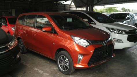Gambar Mobil Gambar Mobiltoyota Calya by Gambar Mobil Expander Warna Merah Mobiliobaru