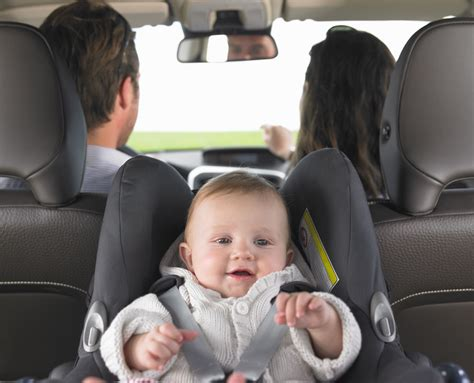 siege auto rear facing how to keep your baby in a rear facing car seat