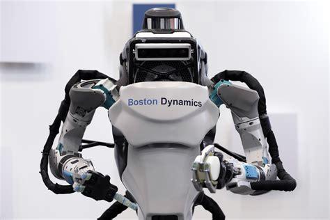 Boston Dynamics Shows Off Its Jogging Robot