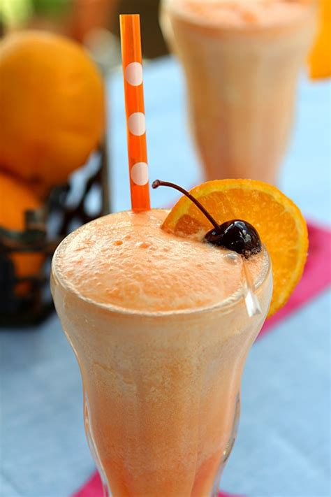 orange creamsicle drink orange creamsicle cocktail cocktails drinkwire