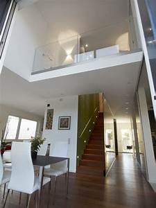 Haus Mit Galerie Im Wohnzimmer : haus t m nchen hausideen pinterest architektur neubau und haus bauen ~ Orissabook.com Haus und Dekorationen