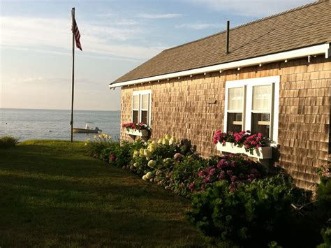 Oceanfront Brewster Luxury Cottage On Cape Cod Bay