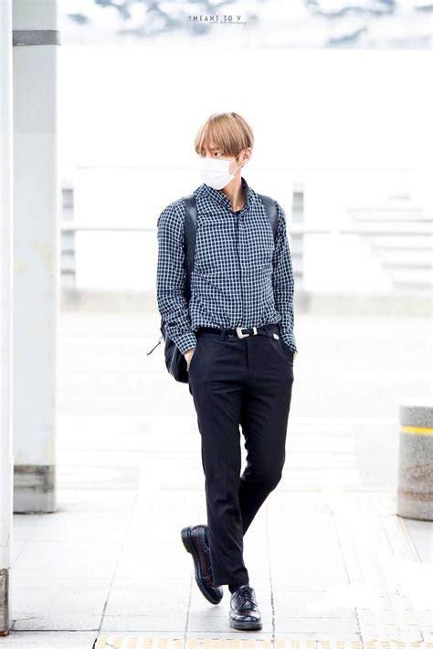 Taehyungu0026#39;s Body (@taehyungsbody) | u0422u0432u0438u0442u0442u0435u0440 | BANGTAN | Pinterest | BTS