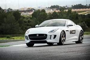 Jaguar 4x4 Prix : jaguar f type 2015 bo te m canique et transmission 4x4 l 39 essai l 39 argus ~ Gottalentnigeria.com Avis de Voitures