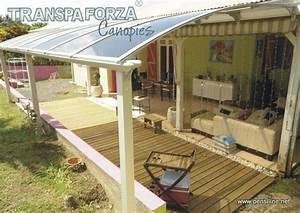 Tenere al caldo in casa: Coperture tettoie in plexiglass