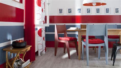 repeindre chaise en bois repeindre une chaise en bois hissez les couleurs