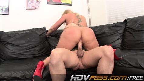 Big Booty Milf Flower Tucci Pussy Sucking Nd Anal Fuck