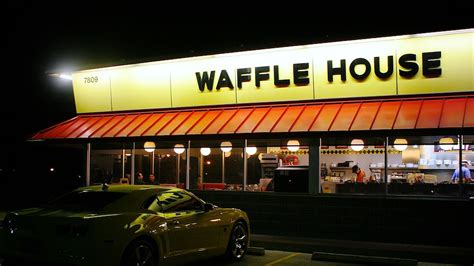 Chicago Waffle House by Waffle House Refused To Serve An Armed Uniformed U S
