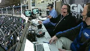 Jeff Garlin visits the Cubs' broadcast booth - YouTube