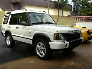 Land Rover Discovery 2 : 2003 land rover discovery information and photos zombiedrive ~ Medecine-chirurgie-esthetiques.com Avis de Voitures