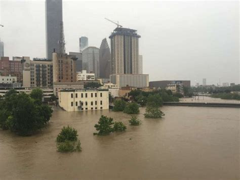 killer floods engulfs houston texas  pictures