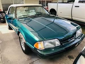 1990 Saleen 7 Up Mustang Wallpapers | MustangSpecs.com