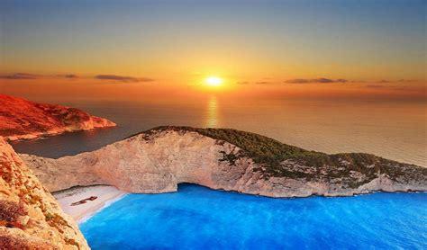 10 Secret Beaches Hidden Around The World Headerpop