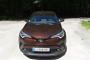 Essai Toyota Chr 1 2 Turbo : passion suv essai toyota c hr 1 2 turbo cvt 4x4 a 30 900 on a le m me avec une ~ Medecine-chirurgie-esthetiques.com Avis de Voitures
