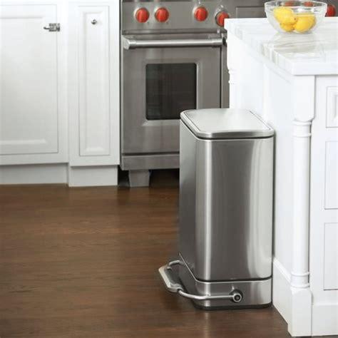 poubelle cuisine pedale 30 litres poubelle cuisine à pédale trendyyy com