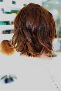 15 Short Layered Haircuts for Wavy Hair