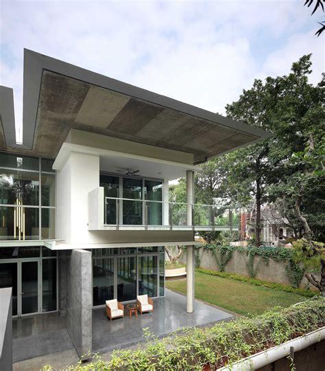 photo exterior view swiss embassy  desain arsitek oleh